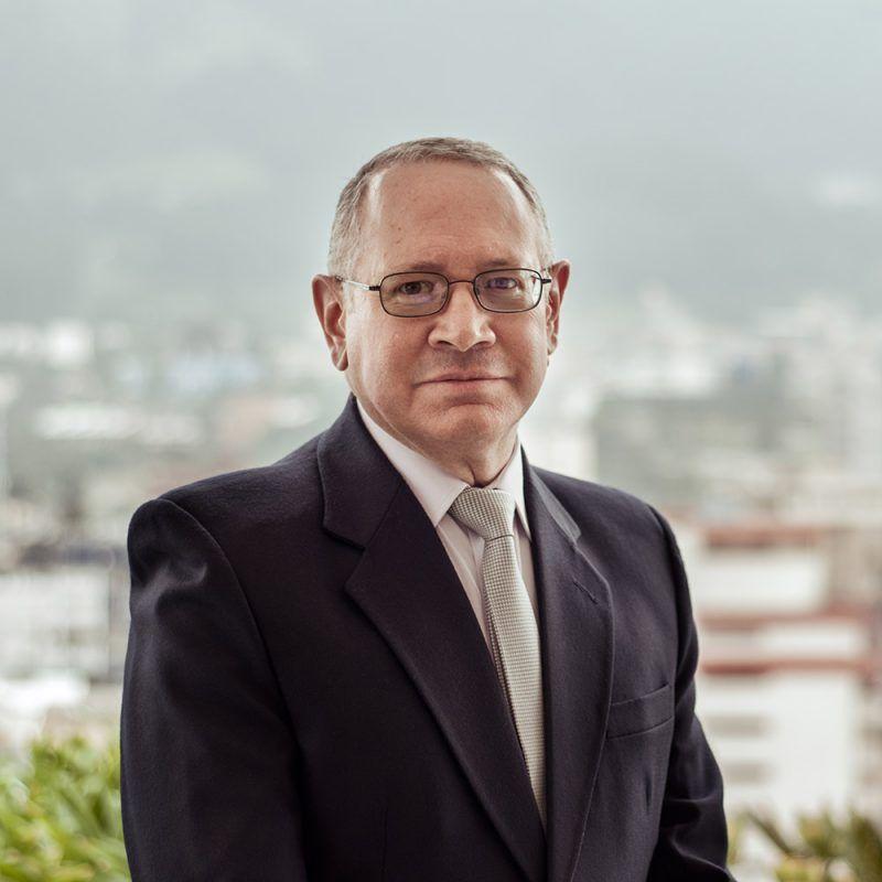 Gabriel-Kuri-abogados-ecuador