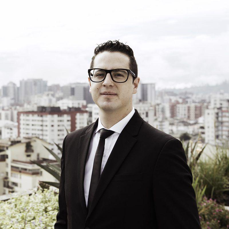 Mateo-Zavala-abogados-ecuador