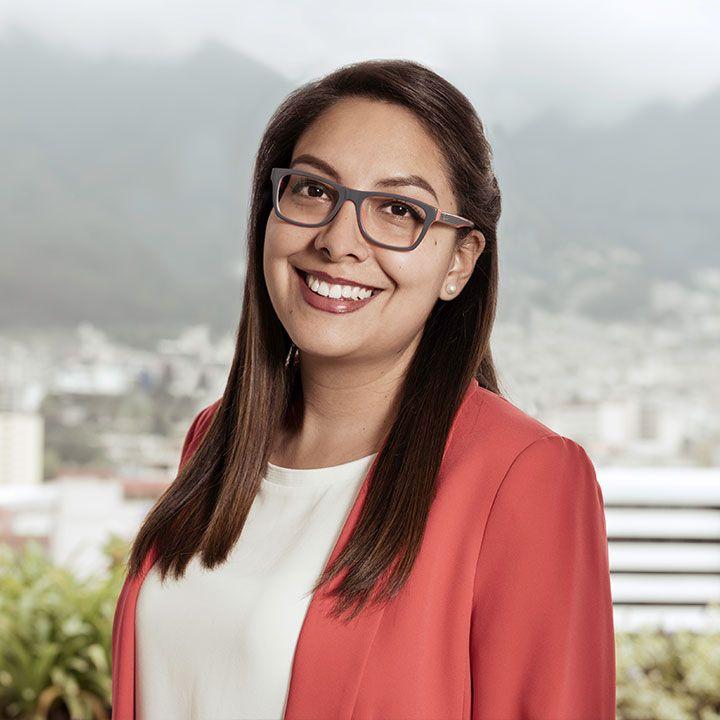 Ruth-Holguin-abogados-ecuador