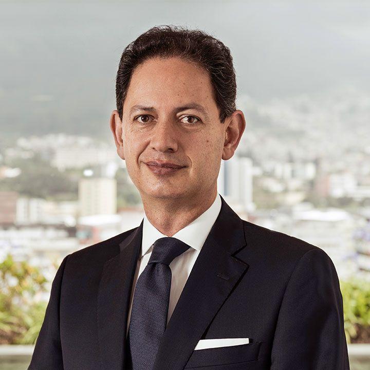 Xavier-Rosales-abogados-ecuador
