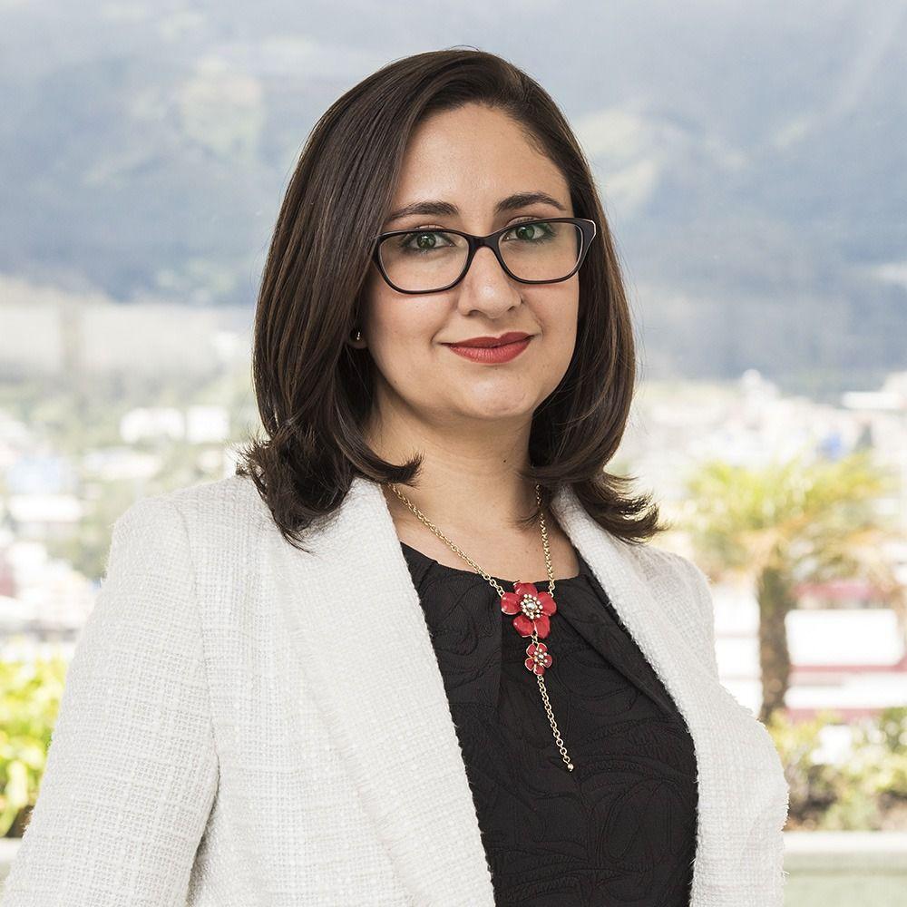 Ana-Lucia-Hervas-ecuador-abogados