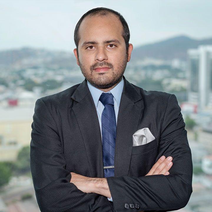 Edgar-Bustamante-abogados-ecuador
