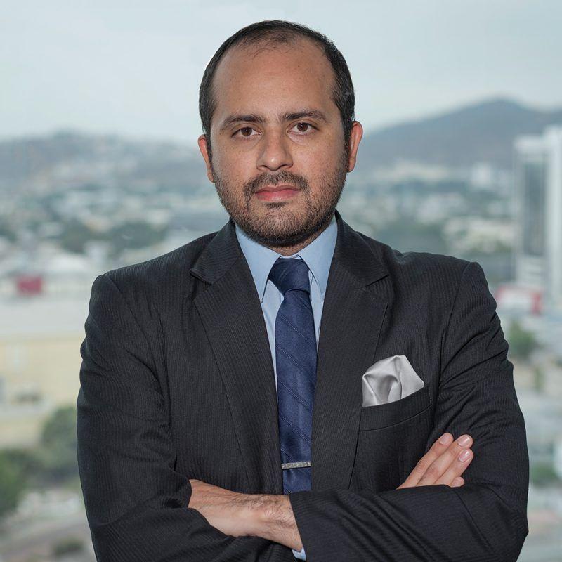 Edgar-Bustamante-lawyers-ecuador